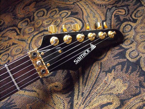 Samick guitar headstock